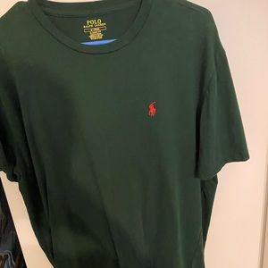 Polo crew neck shirt size M